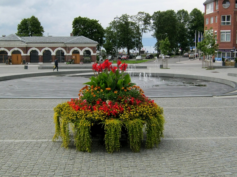 Støpejernsurne fra Hamjern Design, Hamar